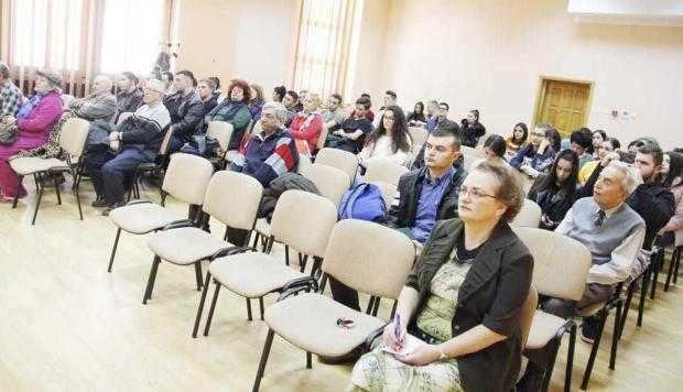 Atelier de jurnalism la Biblioteca Judeţeană 5