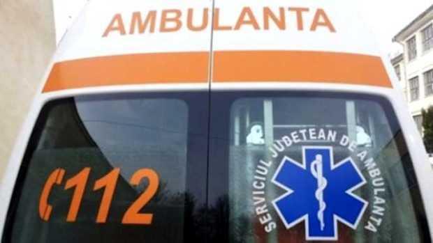 Ambulanță din Dolj a intervenit la un accident rutier în Bradu 5