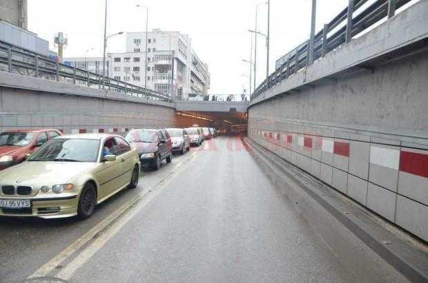 Aglomerație și fisuri în pasajul subteran din Craiova, realizat cu fonduri europene 5
