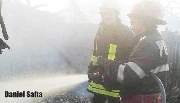 """Pompierii care salvează vieţi şi în timpul liber: """"E ceva de nedescris când, la sfârşitul unei intervenţii, primeşti un sincer «Mulţumesc!». Nu mai ai nevoie de nimic altceva"""" 5"""