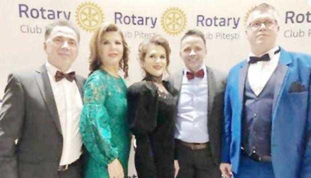 Poza de la balul Rotary îl dă de gol:  arhitectul-şef al Piteştiului e fanul liberalei Ana Stan 5