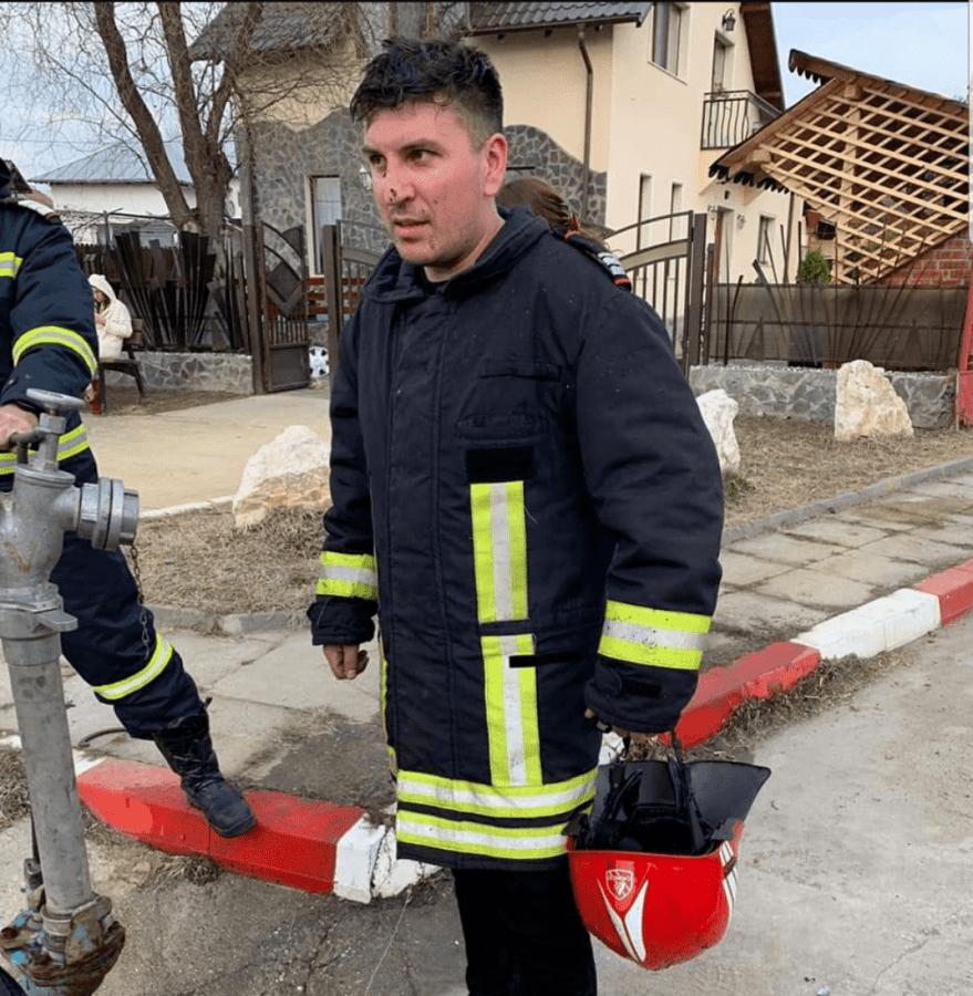 """Salvatorul din Mioveni, voluntar în timpul liber: """"Pompierii sunt a doua familie"""" 5"""