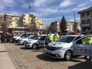 FOTO Ziua Poliției, sărbătorită cu paradă motorizată la Mioveni 9