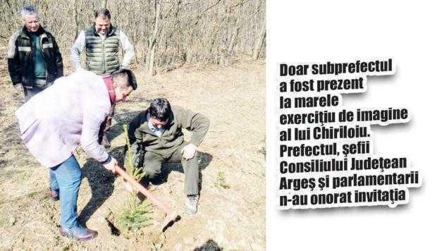 Să râdem cu comicii de la Direcţia Silvică. Luna plantării arborilor, marcată de Chiriloiu printr-o... replantare 4