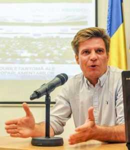 """""""Societatea fierbe, mulți români s-au schimbat în ultimii ani și ies în stradă pentru demnitate, justiție, valori, nu pentru bani"""" 7"""