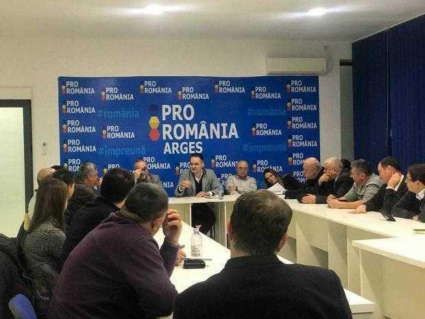 """BOGDAN IVAN: """"Cornel Ionică a arătat doar ce înseamnă dezastru administrativ!"""" 5"""