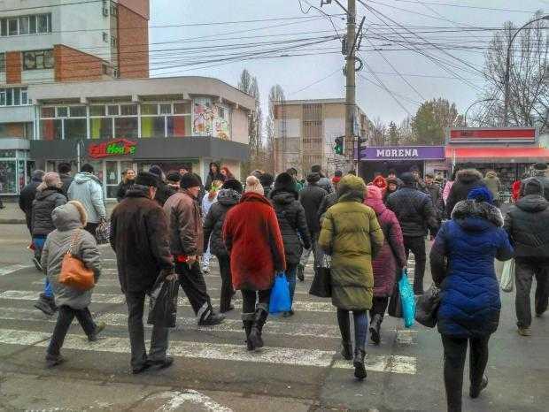 """presshub.ro: Șoferii nu au parte de """"undă verde"""" la semafoarele Galațiului, în ciuda investițiilor. Sisteme scumpe și management defectuos al traficului 5"""