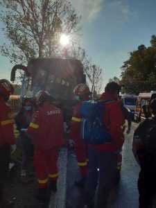 Accident cu multiple victime la Cotmeana, între un autocar și o autoutilitară 7