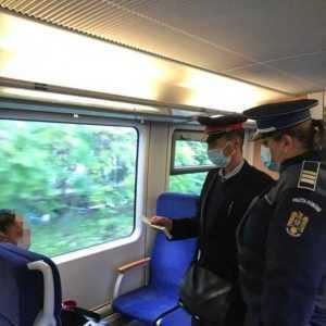 Controale în trenuri și gări! Polițiștii verifică dacă oamenii poartă masca 6