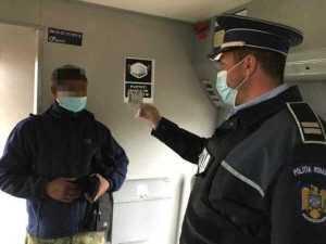 Controale în trenuri și gări! Polițiștii verifică dacă oamenii poartă masca 4