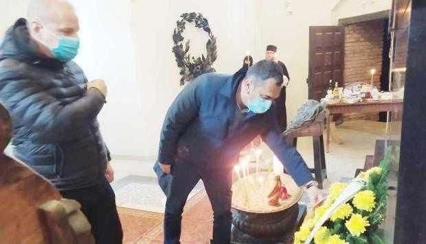 """Liberalii argeşeni au depus o coroană la Capela Florica, la mormântul celui pe care Regele Ferdinand l-a considerat """"zodia bună a României"""" 6"""