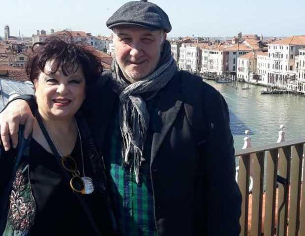 Infectată la rândul său cu noul Coronavirus, soția pictorului Augustin Lucici nu l-a putut petrece pe ultimul drum 2