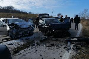 Accident GRAV la Berevoești! Tânăr de 24 de ani - încarcerat! 5