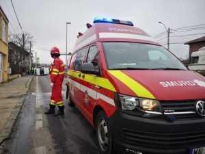 Accident la Bascov. O mașină a intrat în conducta de gaze 6