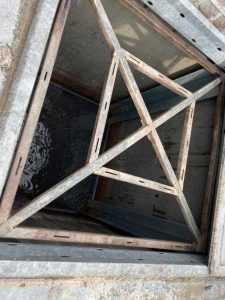 În Pitești sunt 67 containere îngropate, dar 64 dintre ele nu pot fi utilizate 5