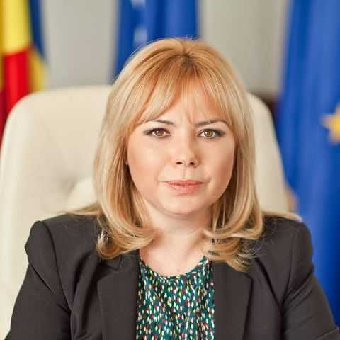 """Preşedintele Senatului, Anca Dragu: """"La nivel parlamentar s-a format un grup de lucru pentru lupta împotriva cancerului"""" 2"""