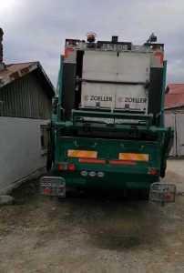 Lemne transportate cu mașina de gunoi, în Argeș. Amendă de 5000 de lei 6