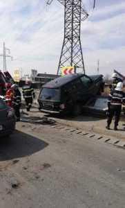 Persoană rănită în urma accidentului din Bascov 4