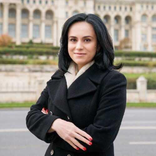 """Simona Bucura Oprescu: """"Ce frumoase sunt sărbătorile pascale când pizmășia dispare"""" 5"""