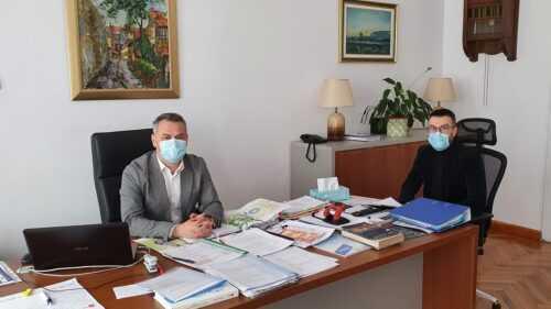 Viceprimarul Zaharia și-a angajat consilier. Este absolvent a două facultăți 5