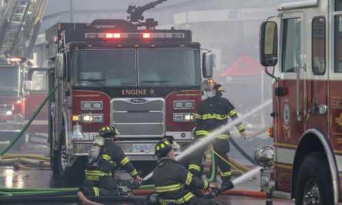 Incendiu într-un local de la Autogara de Sud. O persoană se află în stop cardio-respirator pentru că a refuzat să părăsească incinta 5