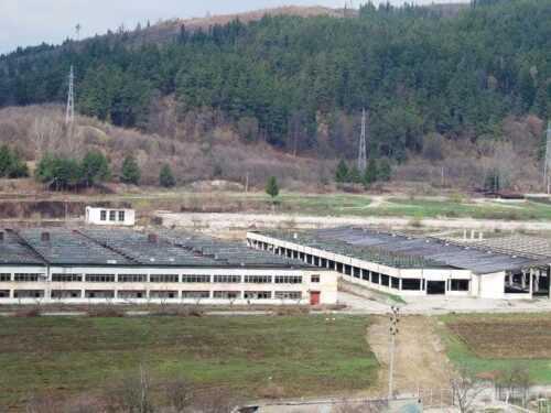 Baza ARO de la Câmpulung, scoasă la vânzare. A fost vândută bucată cu bucată 3