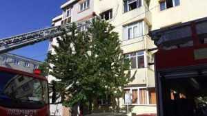 Incendiu într- un bloc din Pitești. Locatarii au fost evacuați 5