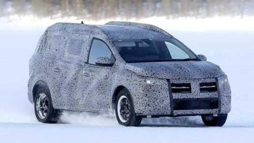 "Fotografii ""spion"" cu viitorul crossover Dacia, supranumit Grand Duster 5"