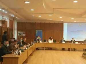 Problemele economice ale județului, dezbătute de oameni de afaceri, parlamentari și conducerea administrației din Argeș 6