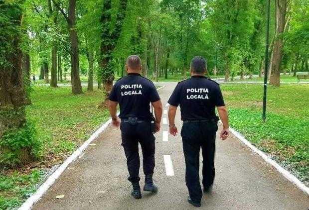Pitești: Polițiștii locali amendează persoanele care poluează domeniul public 5