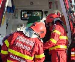 Călinești: O femeie s-a ales cu arsuri grave după ce a leșinat peste flacăra aragazului 5