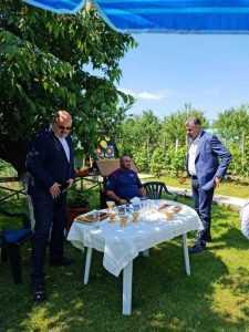 Deputatul Marcel Ciolacu, vizită în Argeș, la eroul militar Ionuț Butoi 7