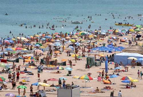Regulile ce trebuie respectate de turiștii care merg la plajă pe litoralul românesc 5