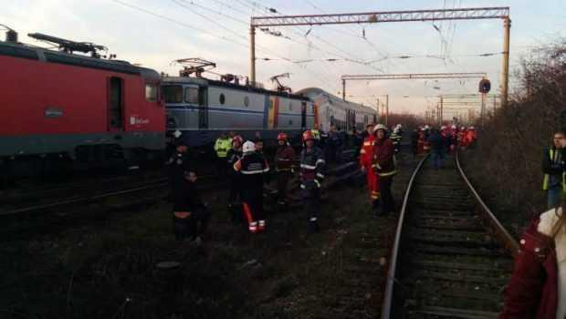 Tren de călători rămas fără frâne, la Golești 3