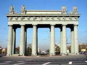 Arcul de Triumf edificat la St.Petersburg (1836-1838), Comemorează Victoria Imperiului Rus în Războiul Ruso-Turc din 1828-1829